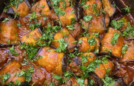 חצילים ממולאים בשר טחון ושומן ליה