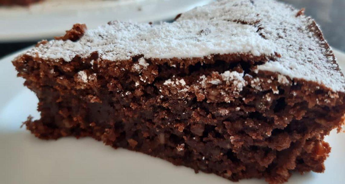 טורטה קפרזה – עוגת שוקולד איטלקית ללא קמח