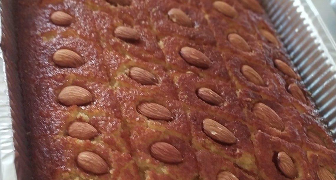 עוגת סולת עם קוקוס ושקדים – טעם ילדות