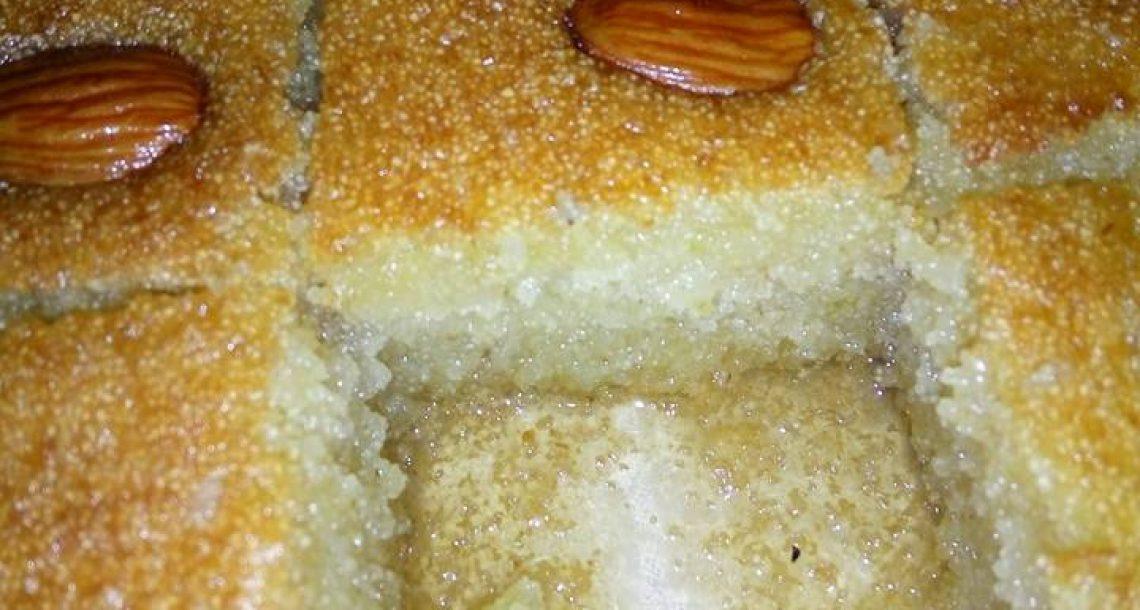 עוגת סולת עסיסית