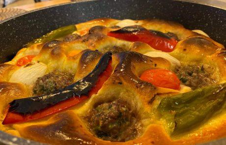 פוקאצ׳ה קציצות וירקות עם שמן זית