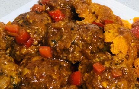 קציצות בשר עם שומן כבש וכרובית