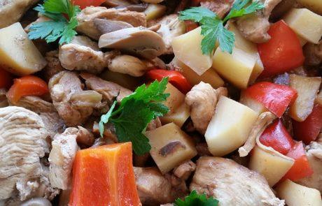 תבשיל חזה עוף קל ומהיר