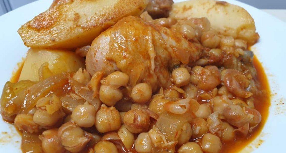 תבשיל טבחה עוף חומוס וכמון